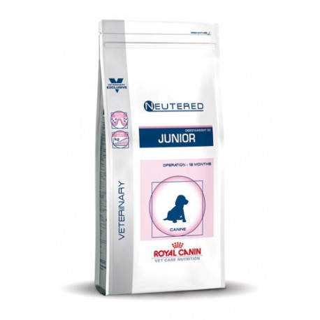 Royal Canin Neutered Junior Medium (10 to 25 kg) dog food - Kibbles
